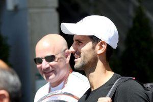 Джокович сказал, что не увольнял Андре Агасси