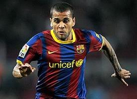 Барселона окончательно списывает Дани Алвеса ради Данило?