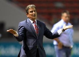 Нападающий Манчестер Сити стал тренером национальной сборной