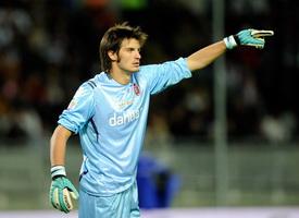 Вратарь сборной Италии будет играть во втором дивизионе