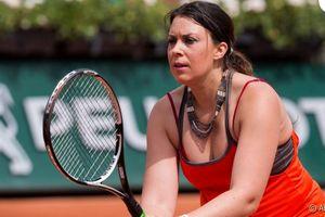 Легендарная французская теннисистка, победившая экзотическую болезнь, вернется в спорт в следующем году