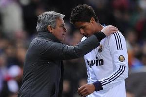 Манчестер Юнайтед ищет нового центрального защитника: на примете звезда Реала или лидер Байера