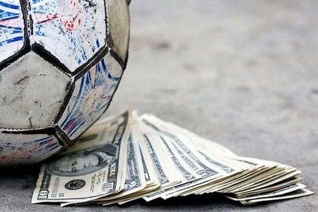 Самые большие зарплаты футболистов в прошлом сезоне