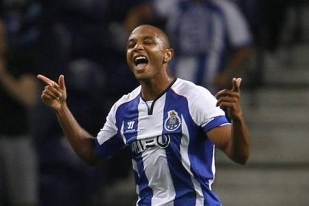 Один из лидеров Порту вскоре может перебраться в Премьер-Лигу